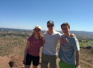 Gipfelfoto ( von links: Felicitas, Daniel, Robin )
